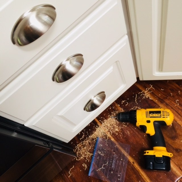 Replacing Kitchen Cabinet Hardware.
